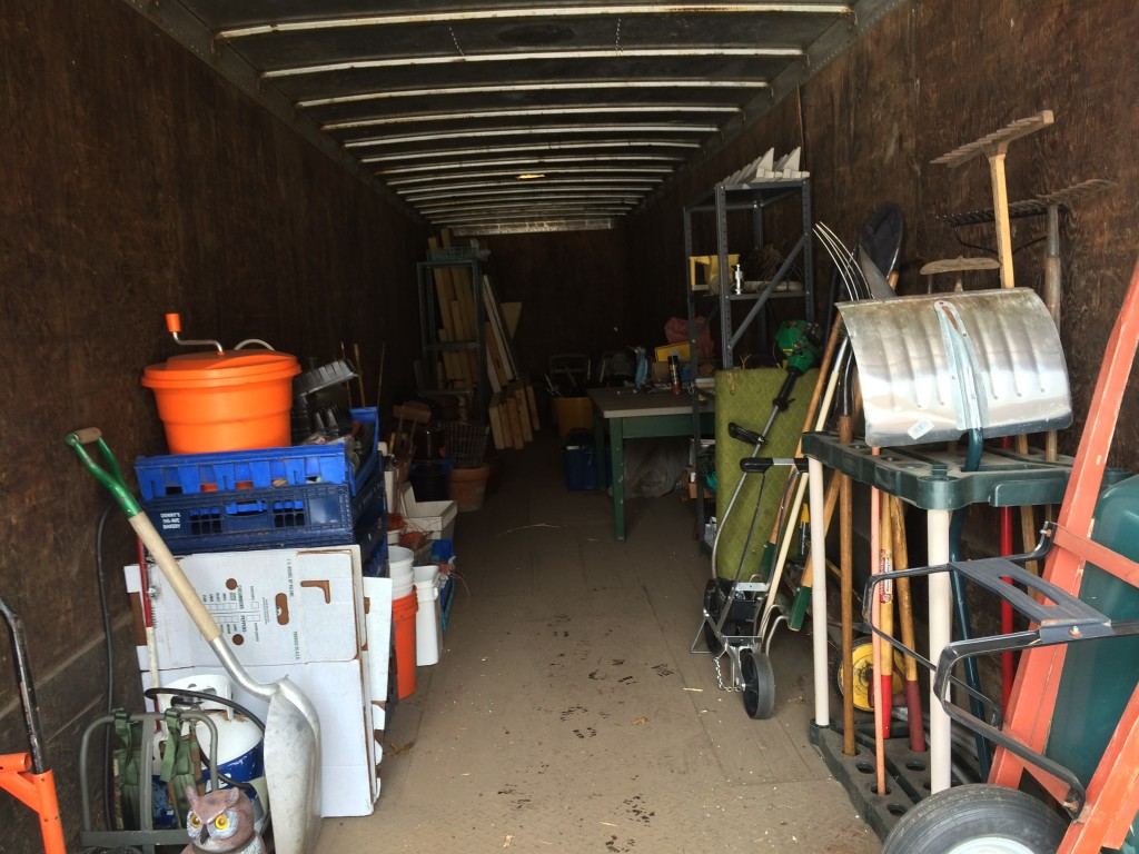 getting the semitruck trailer organized